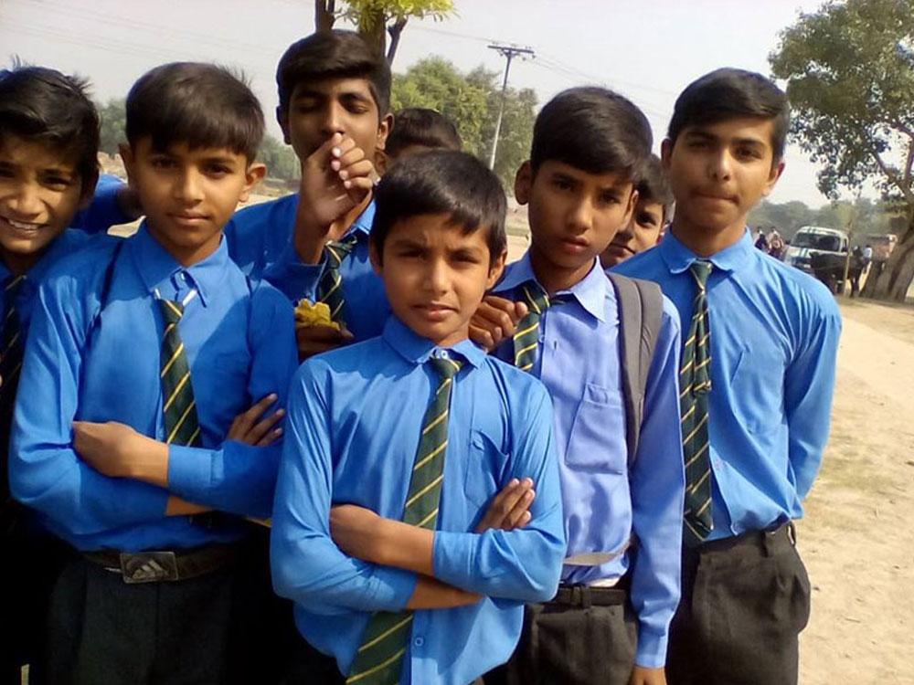 pakistan-schools-01.jpg