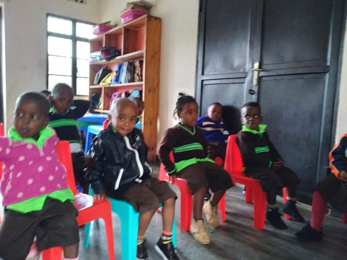 rwanda-school-pic-032021-06.jpg